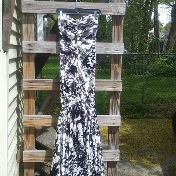Xscape Dresses & Skirts - Xscape  gown